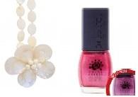 necklacewhite Nail polish