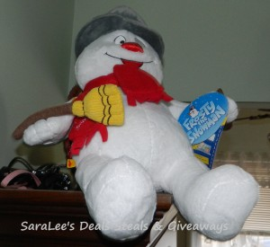 Gift Bear on Build A Bear  25 Gift Card Giveaway 2 2 Daily Us   Saralee S Deals