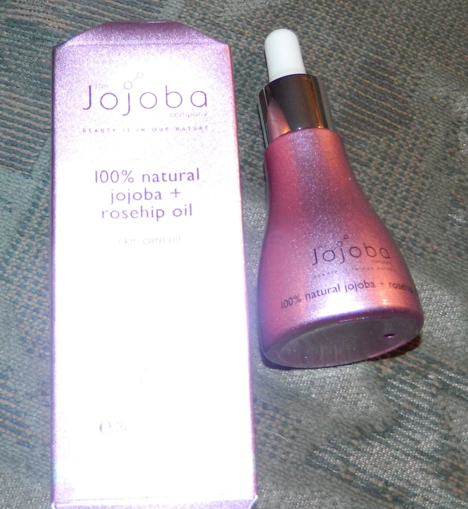 100% Natural Rosehip + Jojoba Oil