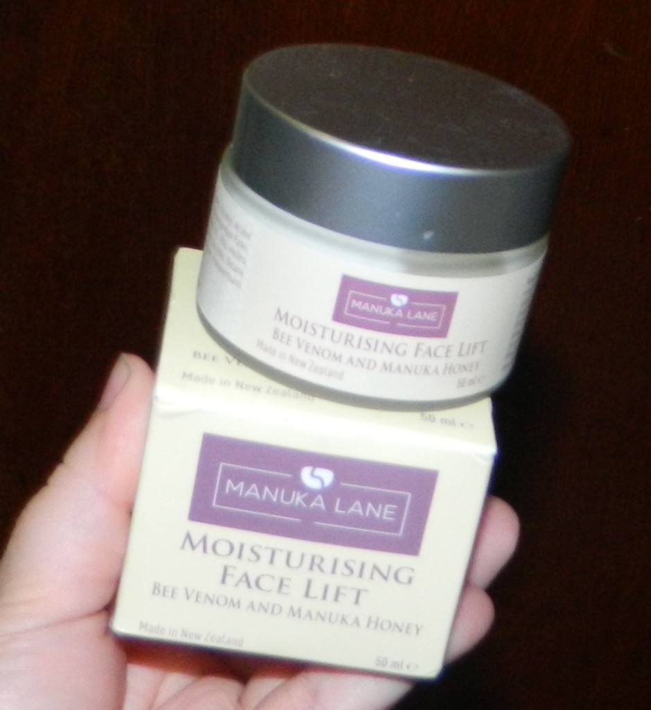 Manuka Lane Face Moisturizer Lift Cream with Anti Wrinkle and Anti Aging 2oz