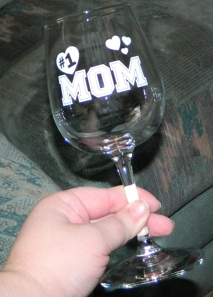Number 1 Mom Wine Glass 13 oz