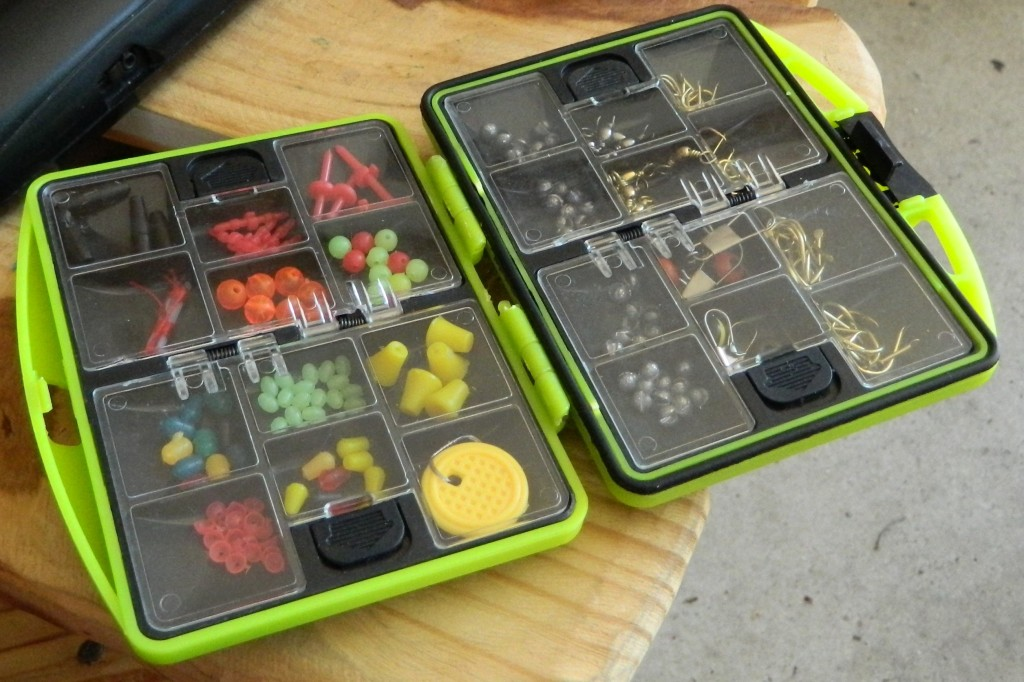 XBLACK Lure fishing tackle box set