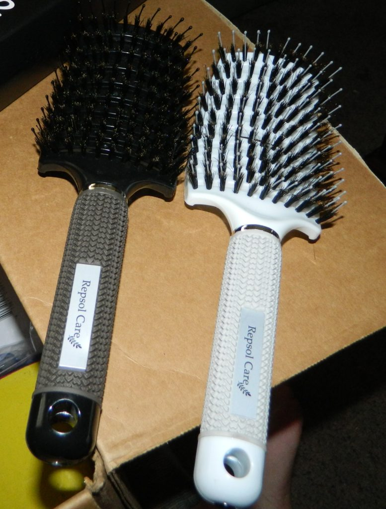 Detangling Boar Bristle Hair Brush for Blow Drying